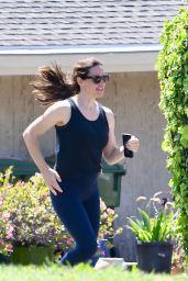 Jennifer Garner - Jogging in Pacific Palisades 05/11/2020