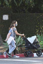 Jennifer Garner - Out in Brentwood 05/18/2020