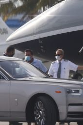 Jennifer Lopez - Leaving Miami on a Private Jet 05/29/2020