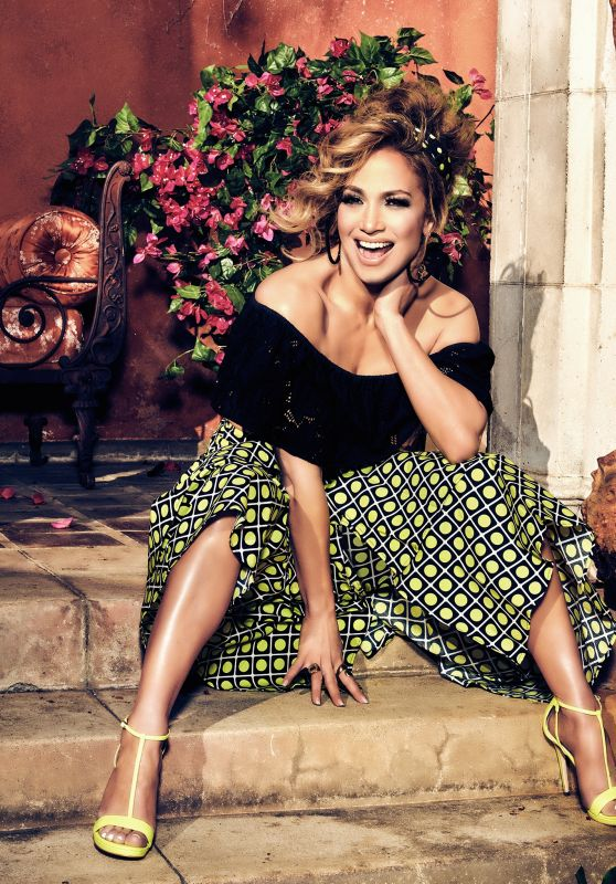 Jennifer Lopez Outfit – Guess Spring Summer 2020 Campaign (IX)