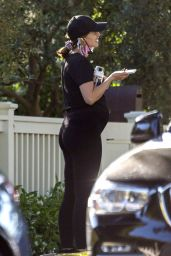 Katherine Schwarzenegger - Morning Walk in LA 05/19/2020