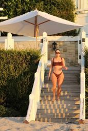 Kim Kardashian in Bikini 05/05/2020