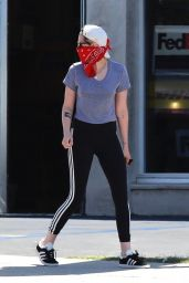 Kristen Stewart in Red Bandanna and Crop Top 05/16/2020