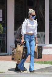 Laeticia Hallyday - Shopping For Groceries in Pacific Palisades 05/23/2020
