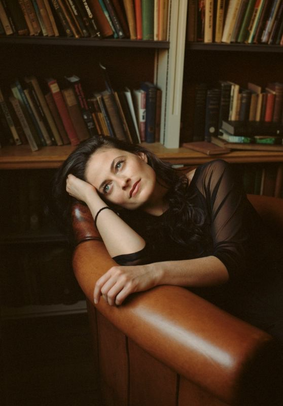 Lara Pulver - The Quaterly Uk Issue 3 2014