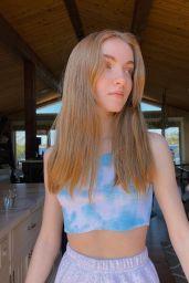 Lauren Orlando – Social Media 05/04/2020