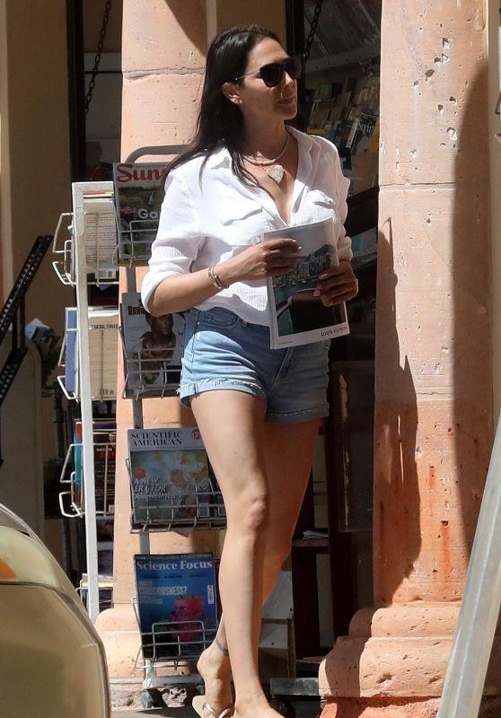 Lauren Silverman in Jeans Shorts - Malibu 05/02/2020