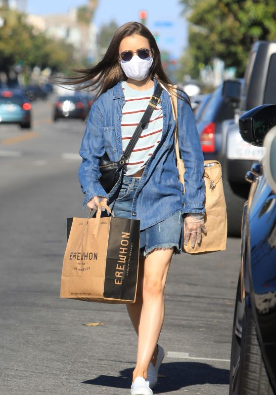 Lily Collins - Grocery Shopping in LA 05/13/2020