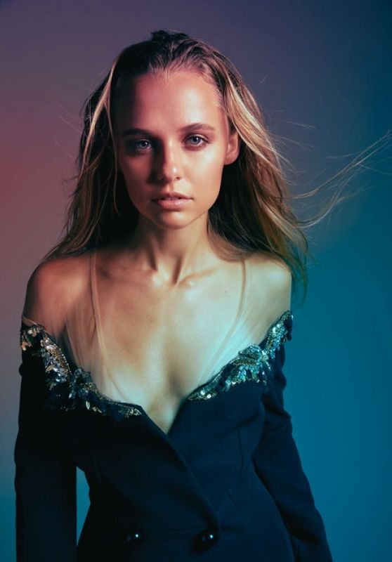 Madison Iseman - Photoshoot for Vulkan Online