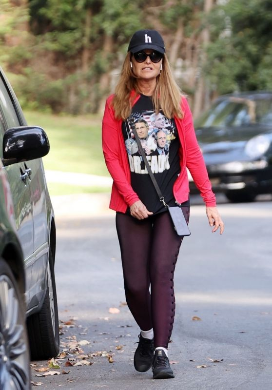 Maria Shriver in Dr. Fauci T-Shirt - Brentwood 05/06/2020
