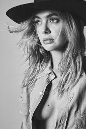 Megan Williams - Personal Pics 05/26/2020
