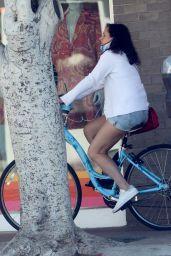 Molly Shannon - Bike Ride in Santa Monica 05/21/2020