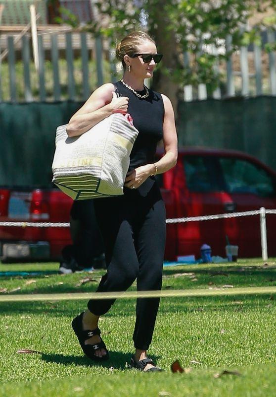 Rosie Huntington-Whiteley in All Black at the Park in LA 05/15/2020