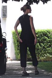 Rosie Huntington-Whiteley - Out in Beverly Hills 05/18/2020