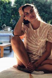 Sara Sampaio - Personal Pics 05/08/2020