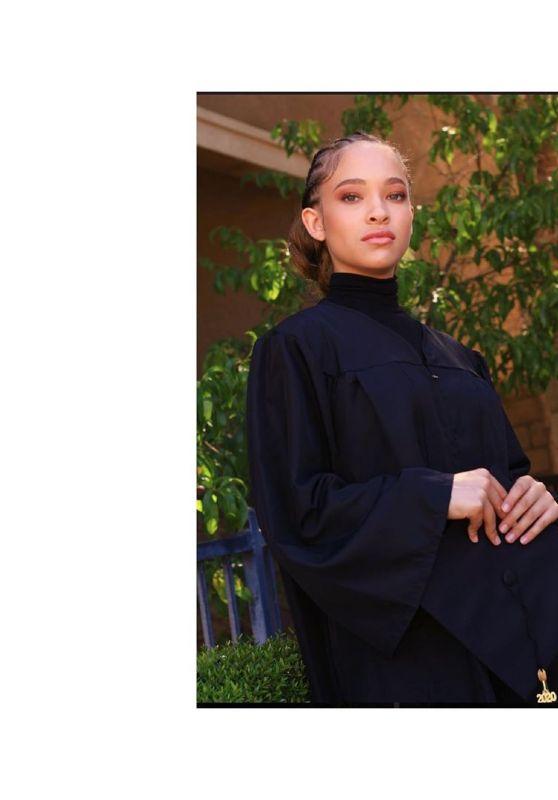 Shelby Simmons - Social Media Pics 05/27/2020