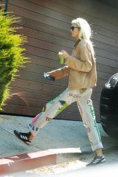 Stella Maxwell - Coffee Run in Los Angeles 05/11/2020