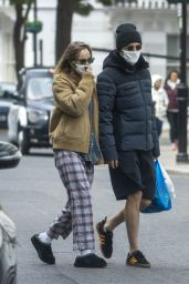 Suki Waterhouse and Robert Pattinson - Out For a Stroll in London 05/13/2020