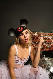 Taylor Hickson - Photoshoot for Vanity Teen Magazine May 2020
