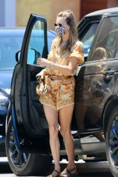 Alessandra Ambrosio Outfit 06/09/2020