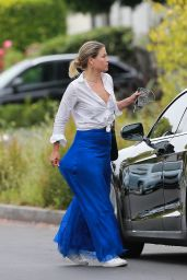 Ali Larter Looks Stylish - Hollywood 06/18/2020