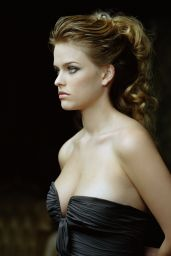 Alice Eve - Photoshoot 2007