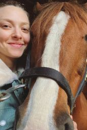 Amanda Seyfried - Personal Photos 06/02/2020