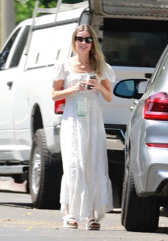 Annabelle Wallis - Out in Los Angeles 06/26/2020