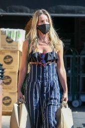 Annabelle Wallis - Shopping in Los Feliz 06/11/2020