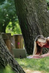 Caprice Bourret - Streaming Her Online Yoga Classes From a Park in London 06/13/2020
