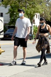 Charli XCX - Out in LA 06/04/2020