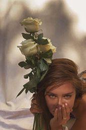 Delilah Belle Hamlin - Swimsuit Self Shoot For Her Birthday 06/10/2020