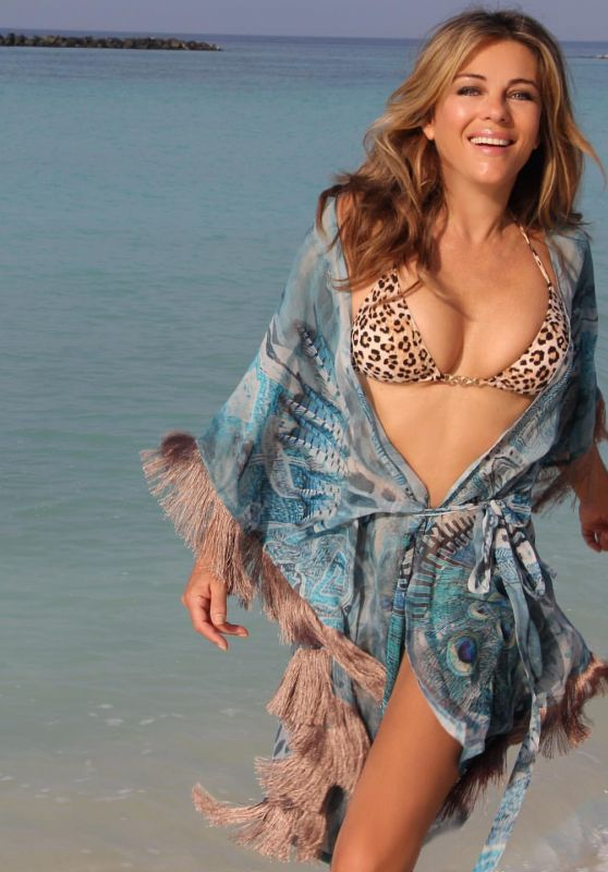 Elizabeth Hurley in Bikini 06/10/2020