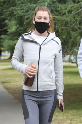 Ellen Pompeo in Workout Gear and a Face Mask 06/16/2020