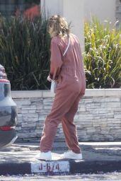 Ellen Pompeo - Out in Los Feliz 06/07/2020