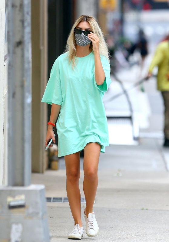 Emily Ratajkowski in Street Outfit - NYC 06/27/2020