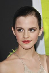 "Emma Watson - ""The Perks of Being a Wallflower"" Premiere in Hollywood"