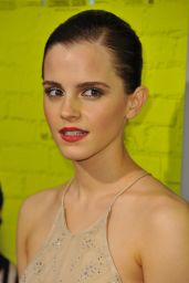 """Emma Watson - """"The Perks of Being a Wallflower"""" Premiere in Hollywood"""