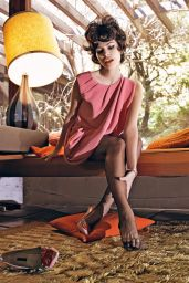 Eva Mendes - Photoshoot For Vogue Italy 2008