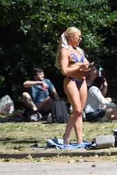 Gabby Allen in a Tiny Blue Bikini - London 06/01/2020