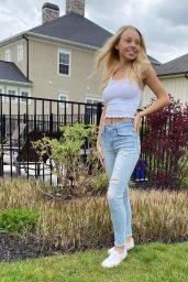 Gwen Rachel – Social Media Photos 06/26/2020