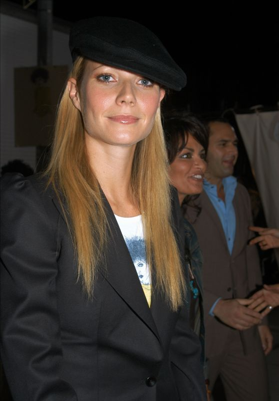 Gwyneth Paltrow - Stella McCartney Store Opening (2002)