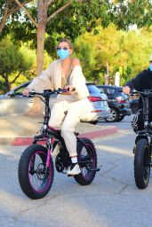 Hailey Bieber and Justin Bieber - Riding Electric Bikes in LA 06/14/2020