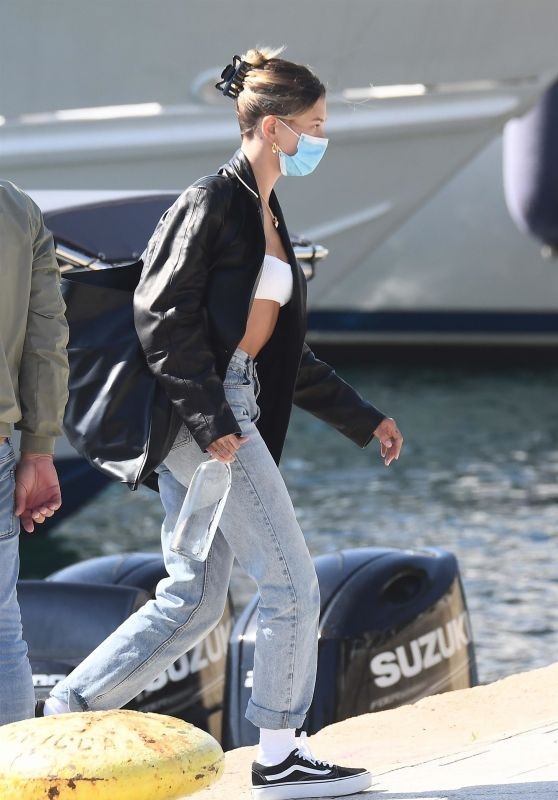 Hailey Rhode Bieber Outfit - Leaving Sardinia 06/27/2020