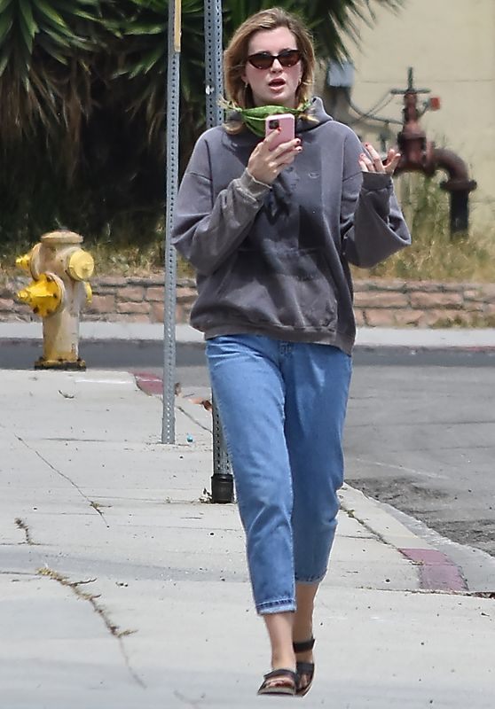 Ireland Baldwin - Out in LA 06/02/2020