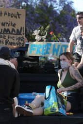 Ireland Baldwin - Protest Rally in LA 06/07/2020