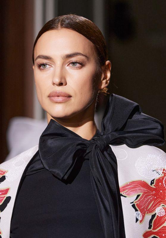 Irina Shayk – Top 5 Images w23y2020