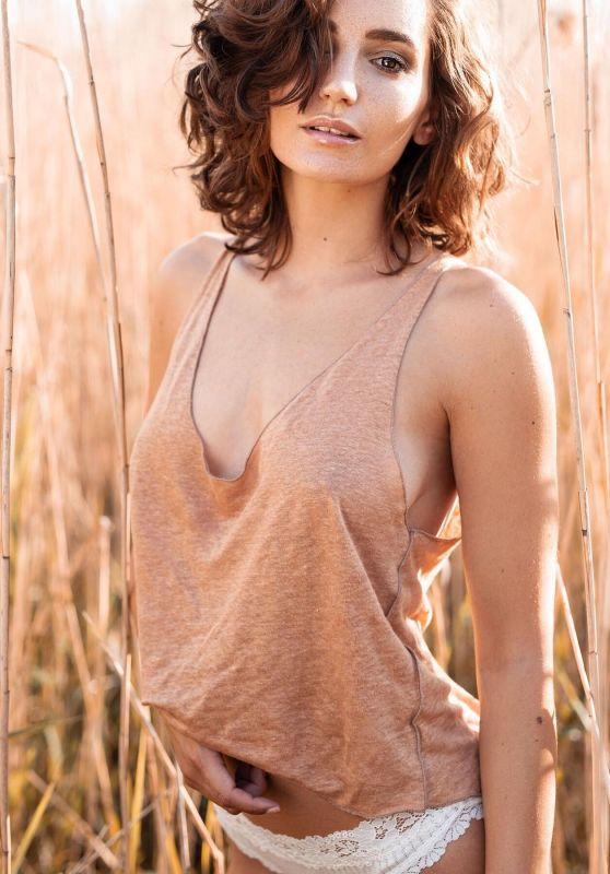 Janina Schiedlofski - Photoshoots 2019/2020