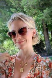 January Jones - Social Media Photos and Videos 06/16/2020