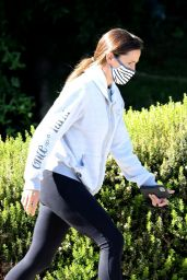 Jennifer Garner - Hike in LA 06/29/2020